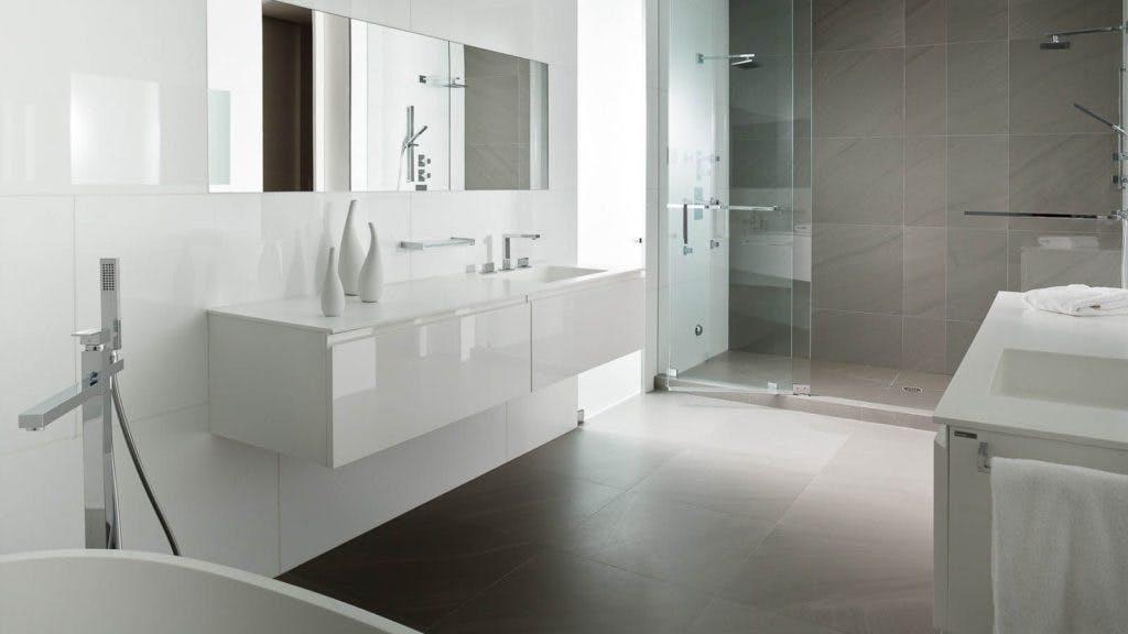 Badkamer Plafond Afsteken : Badkamer laten renoveren of vernieuwen voor een scherpe prijs per m